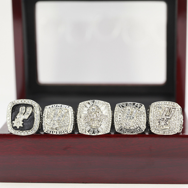 SAN ANTONIO SPURS RING